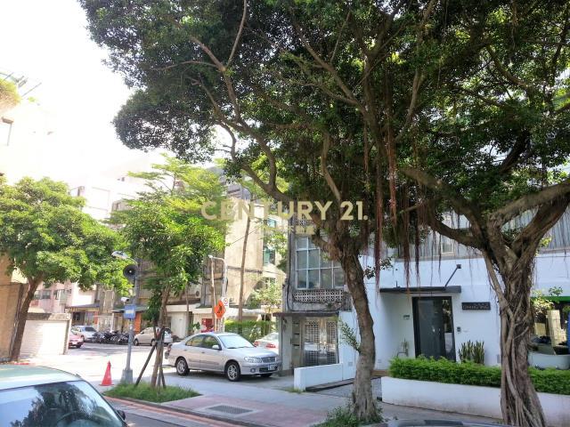 租屋、房屋出租、租房子都找21世紀不動產–二村公園一樓-台北市松山區新中街