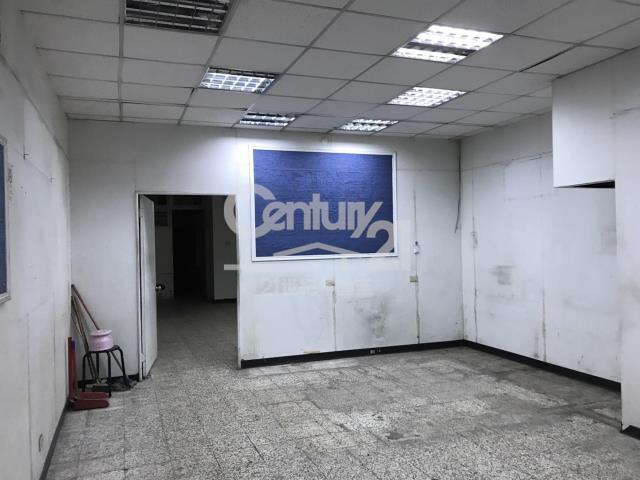 租屋、房屋出租、租房子都找21世紀不動產–南港站前大店面-台北市南港區南港路一段