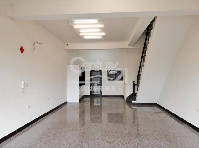 租屋、房屋出租、租房子都找21世紀不動產–石園路店墅-桃園市大溪區石園路