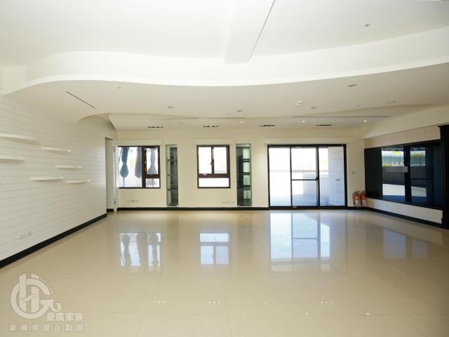 租屋、房屋出租、租房子都找21世紀不動產–天耀捷運優質商辦-新北市新莊區思源路