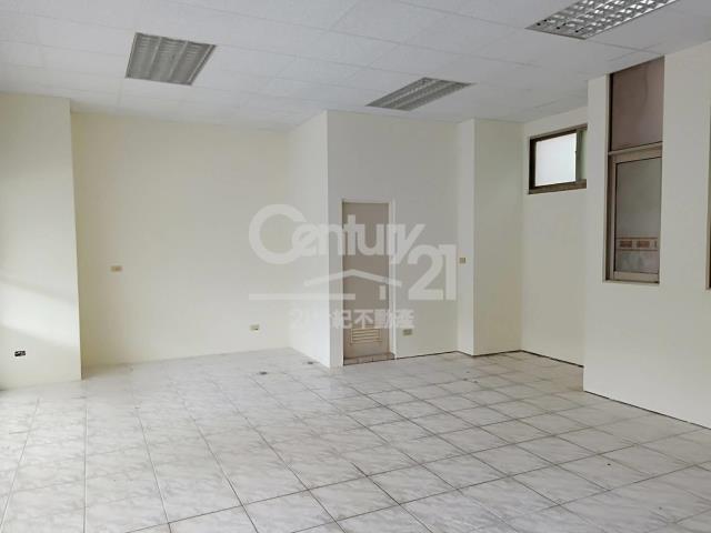 租屋、房屋出租、租房子都找21世紀不動產–BH010-黎明國小大面寬店面-宜蘭縣宜蘭市校舍一路