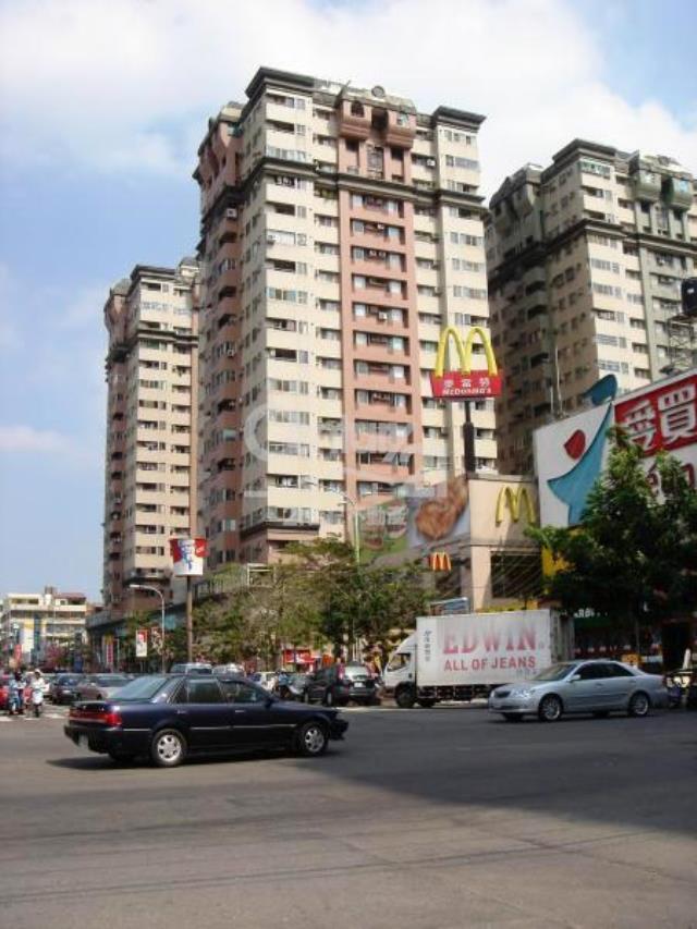 租屋、房屋出租、租房子都找21世紀不動產–大俊國套房-台中市西屯區永福路