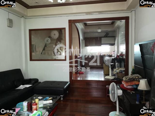 租屋、房屋出租、租房子都找21世紀不動產–古色古香美透天-台南市東區崇善六街