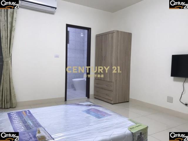 租屋、房屋出租、租房子都找21世紀不動產–市醫明亮大套房3F(租)-台南市東區崇善十一街