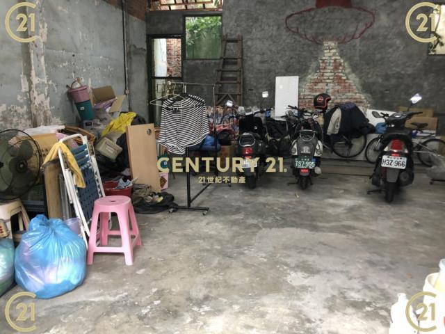 租屋、房屋出租、租房子都找21世紀不動產–近兌悅門24坪鐵皮屋出租-台南市中西區成功路