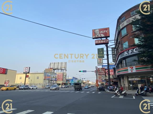 租屋、房屋出租、租房子都找21世紀不動產–永康全新開闊商辦-台南市永康區鹽行里新行街