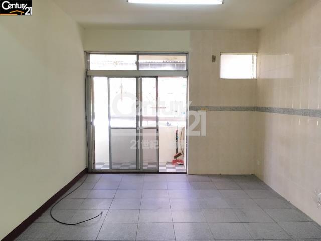 租屋、房屋出租、租房子都找21世紀不動產–公園旁國宅二樓-台南市安南區安中路一段