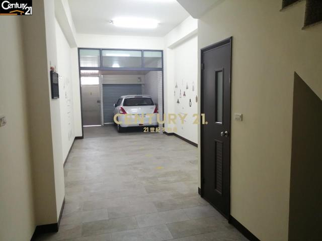 租屋、房屋出租、租房子都找21世紀不動產–正安和路面全新店面收租八套房透天-台南市安南區安和路三段