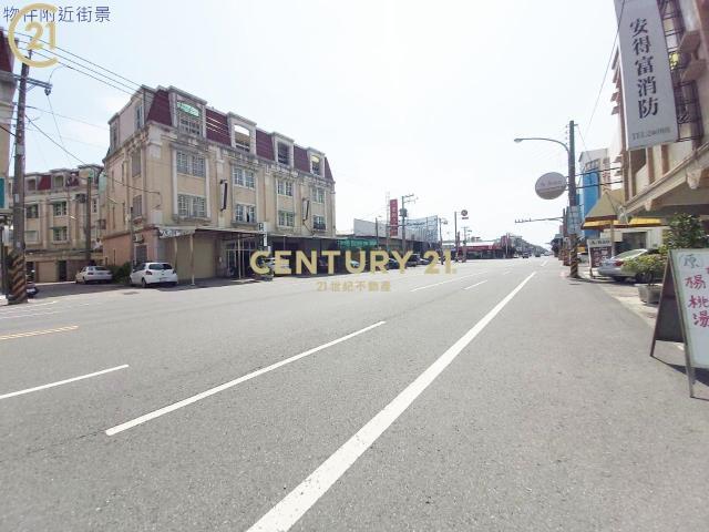 租屋、房屋出租、租房子都找21世紀不動產–鄰草湖重劃區新整理黃金店住-台南市安南區安中路一段