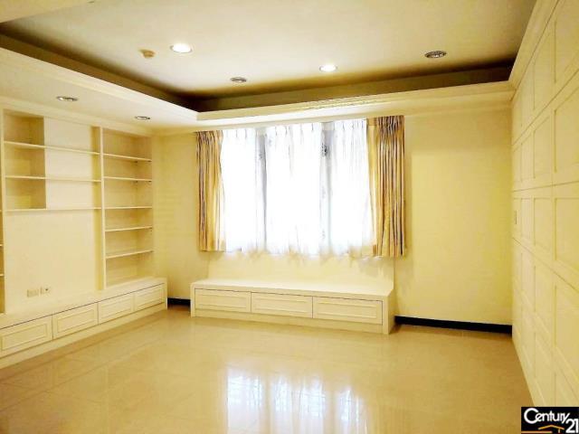 房屋買賣-台北市內湖區買屋、賣屋專家-專售上和院花園樓中樓 181,來電洽詢:(02)6600-2121
