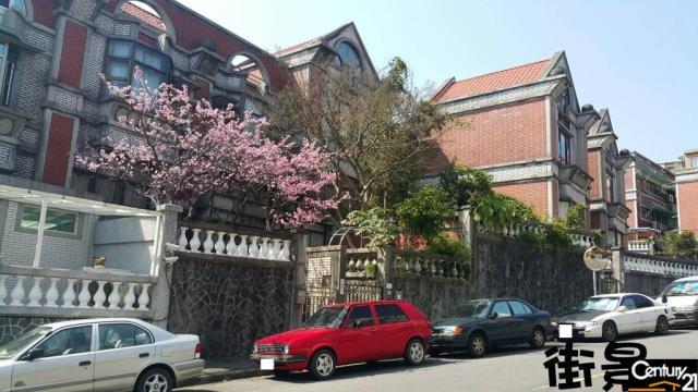 房屋買賣-台北市內湖區買屋、賣屋專家-專售天闊無敵景觀三房 89,來電洽詢:(02)6600-2121