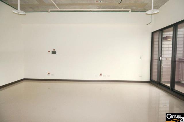 房屋買賣-新北市新莊區買屋、賣屋專家-專售新莊遠雄國匯15樓 外38,來電洽詢:(02)6600-2121