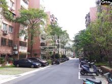 買屋、賣屋、房屋買賣都找21世紀不動產– 林蔭大道邊間三房–台北市松山區三民路