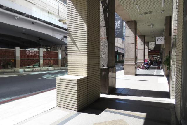 南京捷運金店面