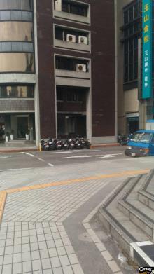 買屋、賣屋、房屋買賣都找21世紀不動產– (273)統帥大廈–台北市中正區武昌街
