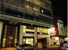 買屋、賣屋、房屋買賣都找21世紀不動產– (329)阿曼TiT(帆船)–台北市萬華區西寧南路