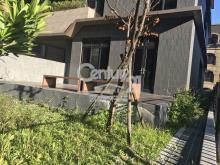 買屋、賣屋、房屋買賣都找21世紀不動產– 大庭院麗湖庭園–台北市內湖區金湖路