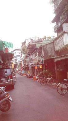 買屋、賣屋、房屋買賣都找21世紀不動產– 萬華東園街小透天–台北市萬華區東園街
