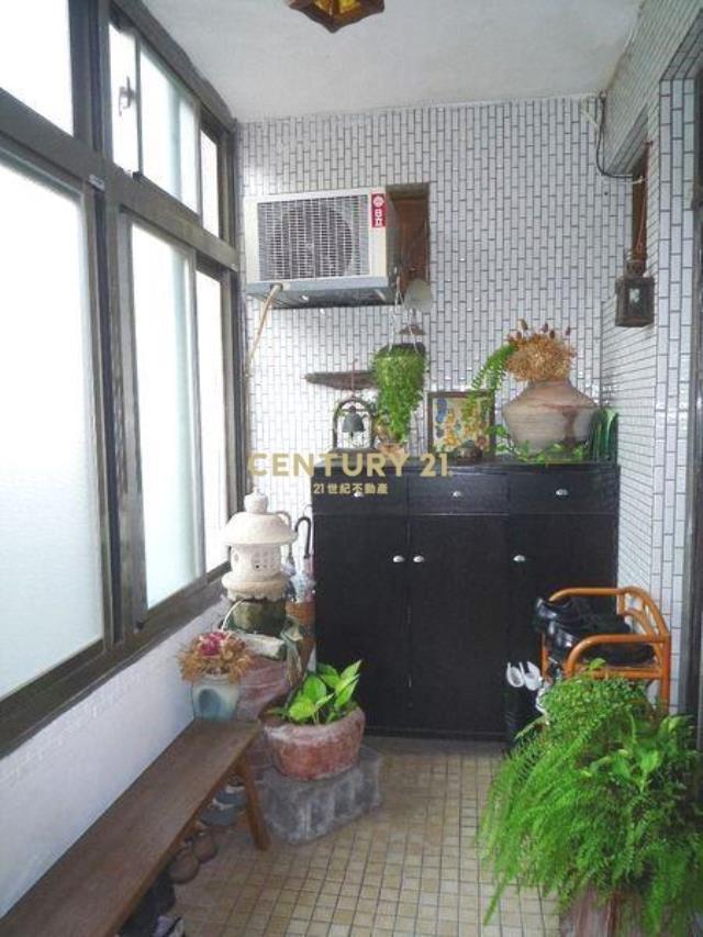 房屋買賣-台北市內湖區買屋、賣屋專家-專售星雲優質綠意三房,來電洽詢:(02)2793-0988