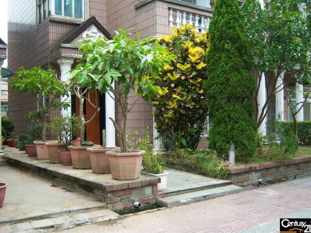 圓堡花園大別墅