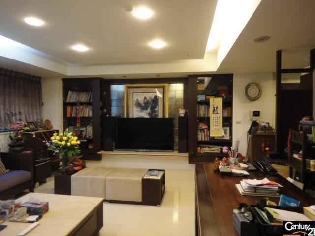 房屋買賣-桃園市桃園區買屋、賣屋專家-專售米蘭麗都頂級裝潢,來電洽詢:(03)317-9911