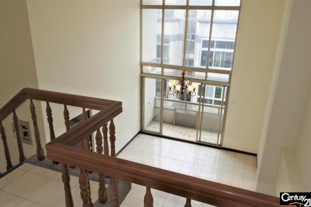 翠亨綠園挑高大廳高樓層