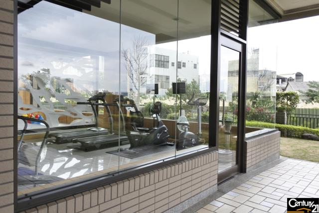 房屋買賣-桃園市桃園區買屋、賣屋專家-專售閱讀萊茵二房車,來電洽詢:(03)317-9911