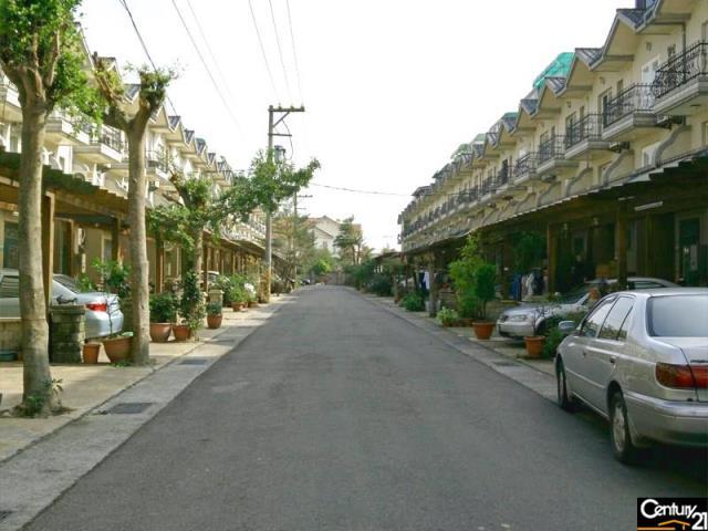 新坡國小庭院美墅
