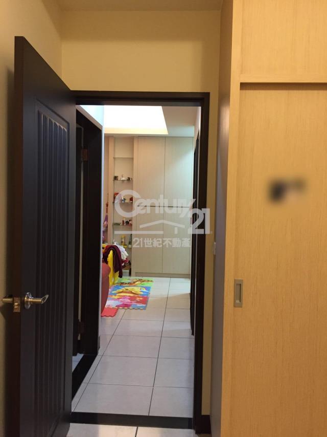 房屋買賣-新竹縣湖口鄉買屋、賣屋專家-專售風閣1F美廈,來電洽詢:(03)557-5777