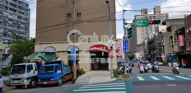 朝陽大三房車(專約)