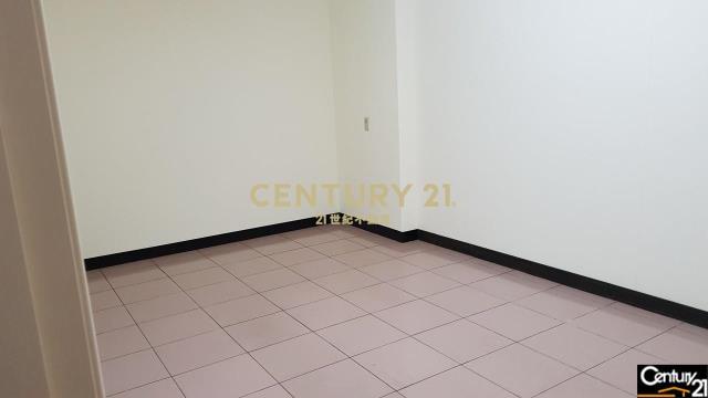龜山幸福公寓一樓