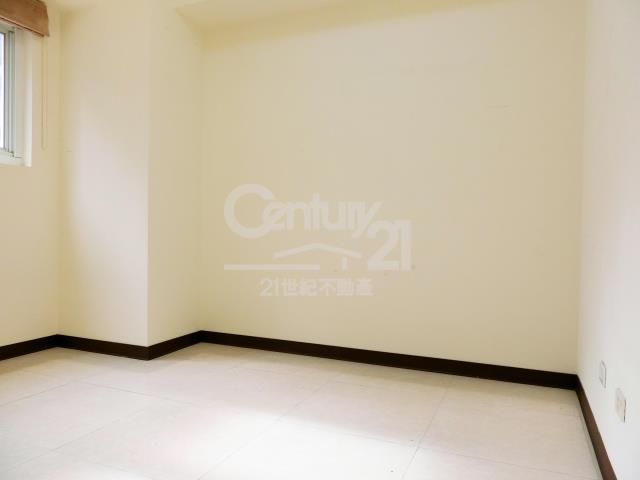 房屋買賣-新北市林口區買屋、賣屋專家-專售躍世紀,來電洽詢:(02)2600-3116