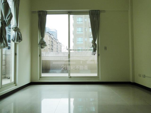 房屋買賣-新北市林口區買屋、賣屋專家-專售皇家夏宮,來電洽詢:(02)2600-3116