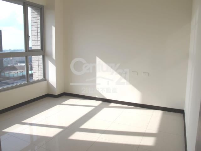 房屋買賣-新北市林口區買屋、賣屋專家-專售耀東方,來電洽詢:(02)2600-3116