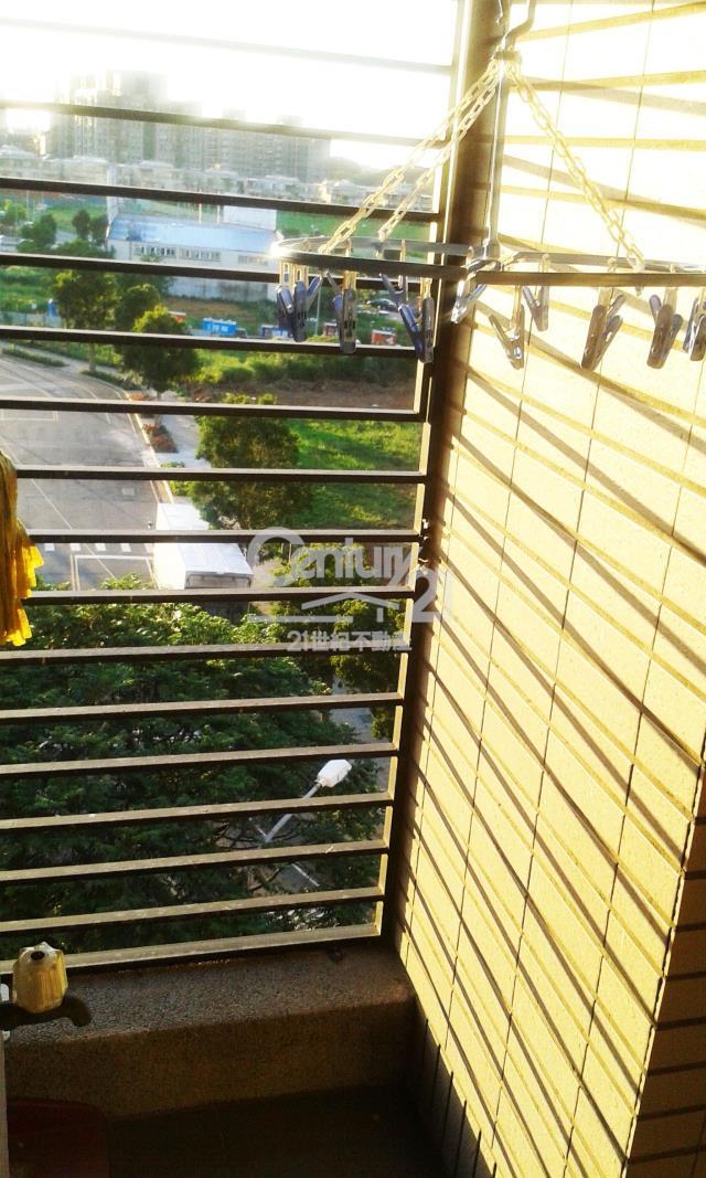 房屋買賣-新北市林口區買屋、賣屋專家-專售冠東方,來電洽詢:(02)2600-3116