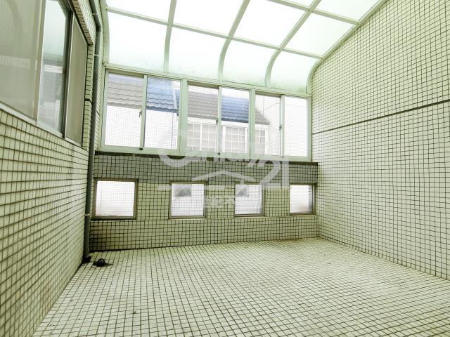 房屋買賣-新北市林口區買屋、賣屋專家-專售香格里拉,來電洽詢:(02)2600-3116
