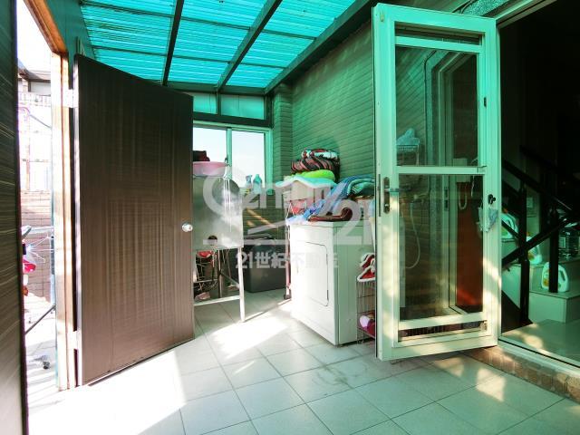 房屋買賣-新北市林口區買屋、賣屋專家-專售雙橡園透店,來電洽詢:(02)2600-3116