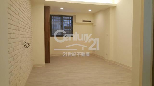 (743)林森路4房裝潢美一樓