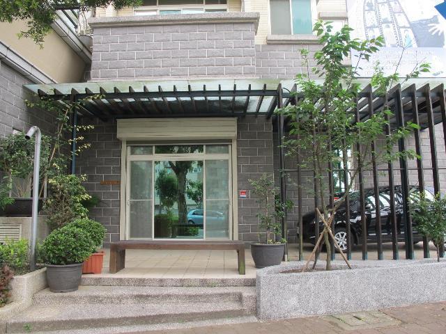 買屋、賣屋、房屋買賣都找21世紀不動產–京華城-新北市林口區信義路
