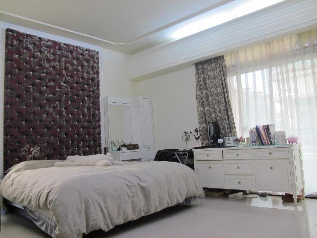 房屋買賣-新北市林口區買屋、賣屋專家-專售京華城,來電洽詢:(02)2608-7676