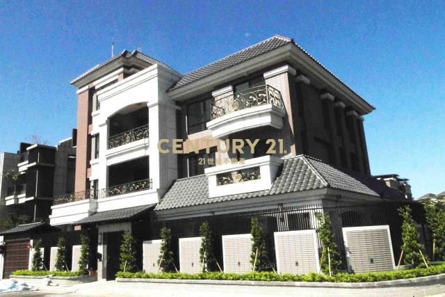買屋、賣屋、房屋買賣都找21世紀不動產–仁愛獨棟電梯別墅-新北市林口區仁愛路一段