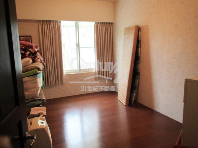 房屋買賣-新北市林口區買屋、賣屋專家-專售赫世堡,來電洽詢:(02)2608-7676