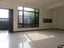 買屋、賣屋、房屋買賣都找21世紀不動產– 陽光地朗邊間電梯別墅–新北市林口區東明一街