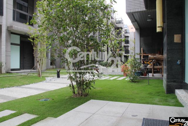 房屋買賣-新北市林口區買屋、賣屋專家-專售境朗景觀別墅,來電洽詢:(02)2603-8899