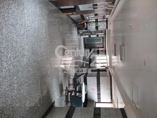 房屋買賣-新北市林口區買屋、賣屋專家-專售林口雙子星黃金屋三房兩廳雙車位,來電洽詢:(02)2603-8899
