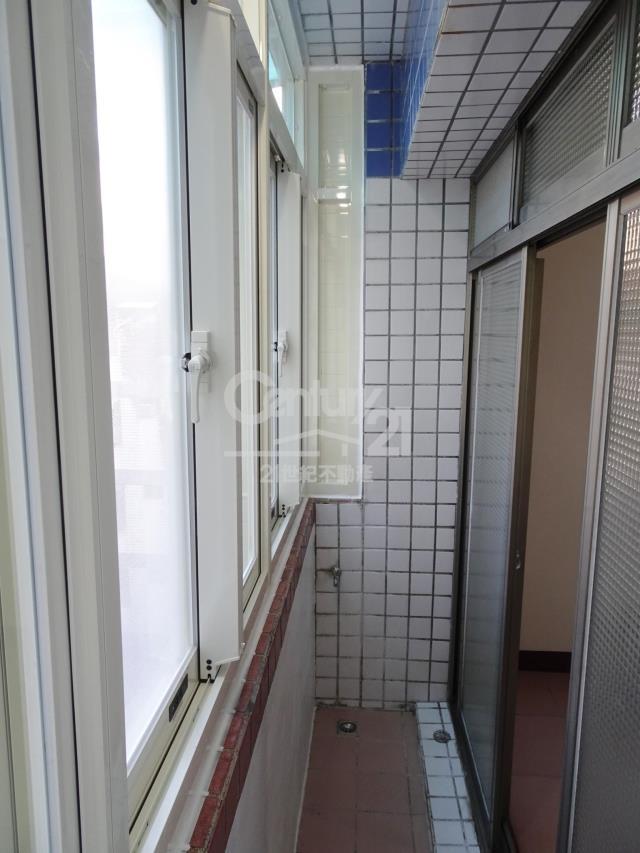 房屋買賣-宜蘭縣蘇澳鎮買屋、賣屋專家-專售AA281-蘋果電梯華廈,來電洽詢:(03)937-3366