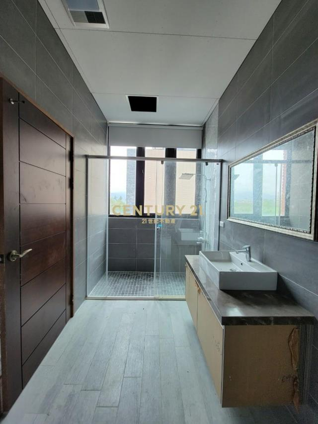 BG037-高峰匯大面寬電梯店面