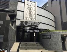 買屋、賣屋、房屋買賣都找21世紀不動產– 水樹雲風電梯別墅–台中市南屯區楓香街
