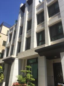 買屋、賣屋、房屋買賣都找21世紀不動產– 生態公園電梯別墅–台中市北屯區和祥六街