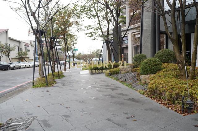 買屋、賣屋、房屋買賣都找21世紀不動產–華相上安 綠森活三房美宅-台中市西屯區上安路